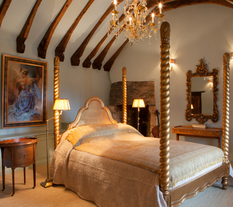 Artisans and Artists | International Interior Design Consultants | Ashburton | Devon | London | Bath | Mallorca | Devon Interior Design | Interior Design Devon | Medieval Manor House Master Bedroom - Artisans and Artists